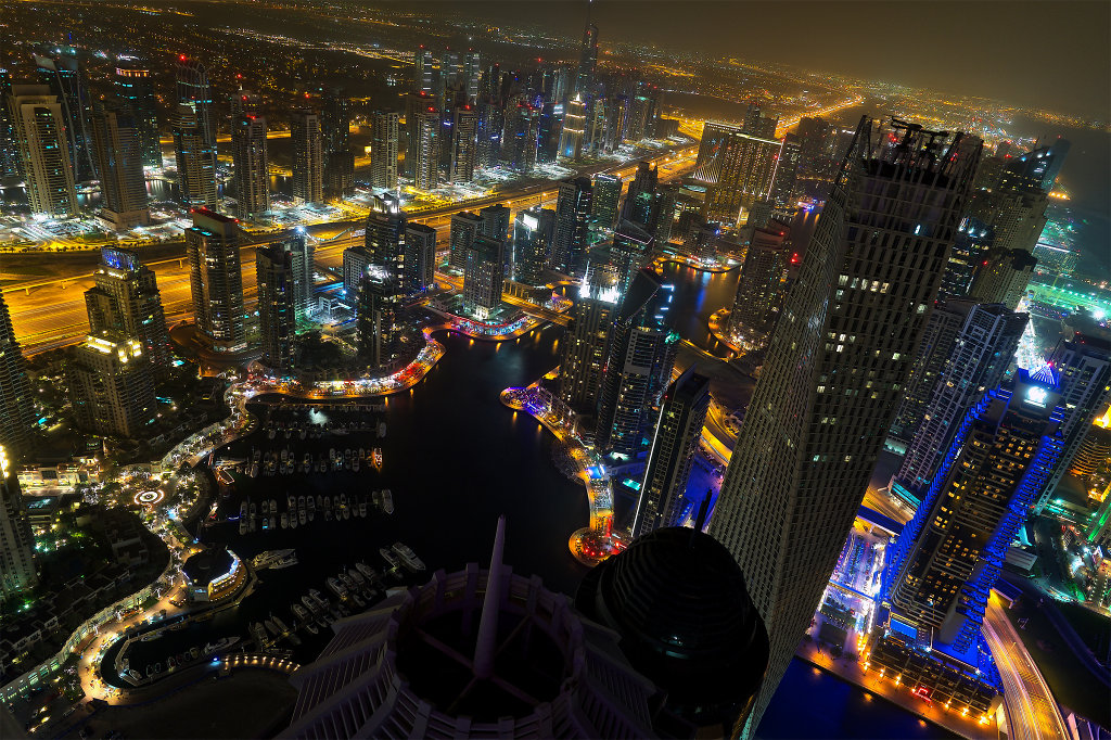 Scenic view of Dubai Marina at night