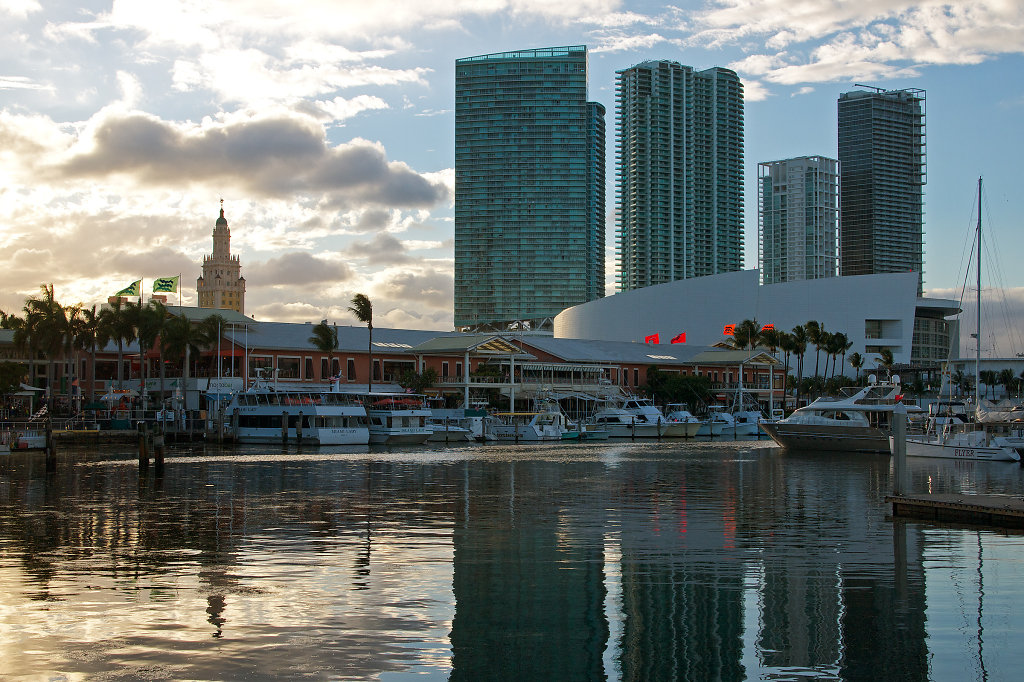 Bayside Marketplace and AmericanAirlines Arena at sundown