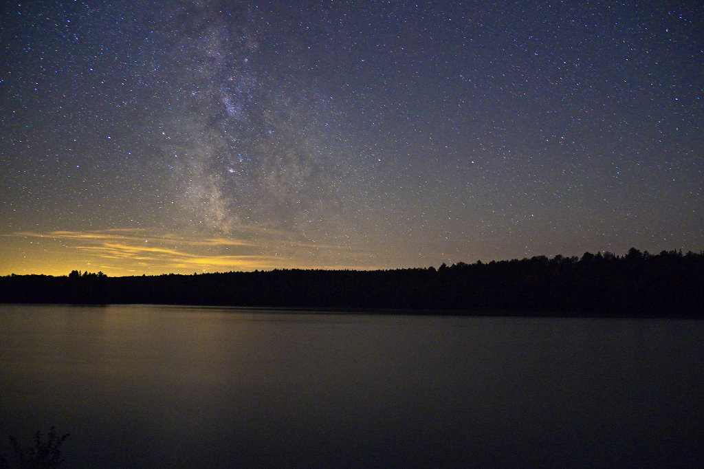 Star gazing at Tom Thomson Lake