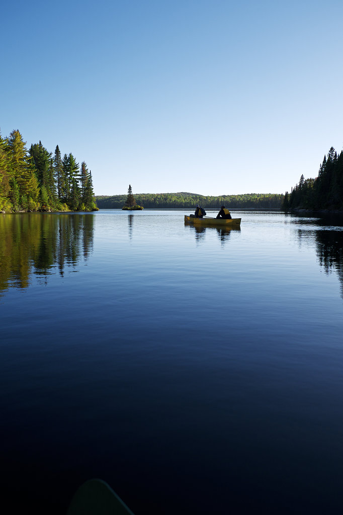 Calm atmosphere on Tom Thomson Lake