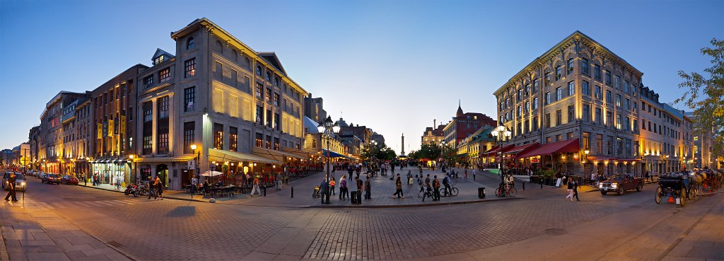 Panorama of Place Jacques-Cartier at sundown