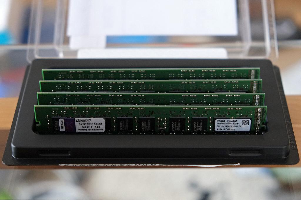 Kingston ValueRAM 32GB DIMM Kit (DDR3-1600 with ECC)