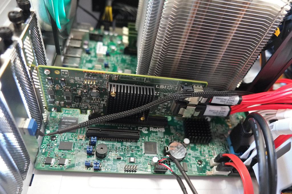 LSI SAS 9207-8i Controller