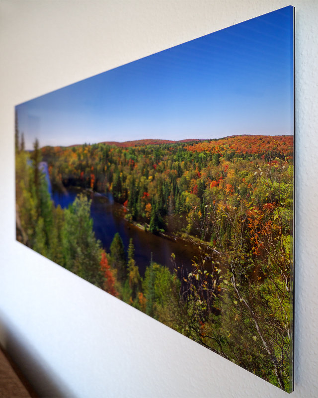 fall foliage under acrylic glass a short review
